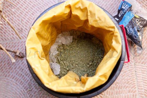 cannabis dans un sac avec des glaçons